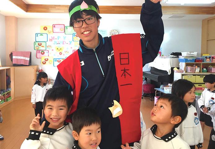 済美平成中等教育学校の生徒と交流