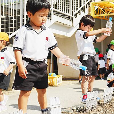 済美幼稚園のこどもたちの様の写真